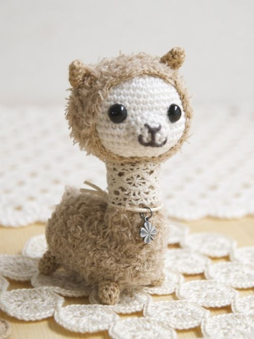 omakeno: This looks like a alpaca? | Amigurumi | Pinterest | Croché ...