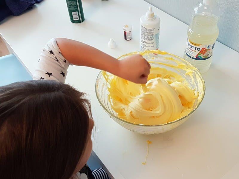 Fluffy Slime Selber Machen Mit Rasierschaum Anleitung