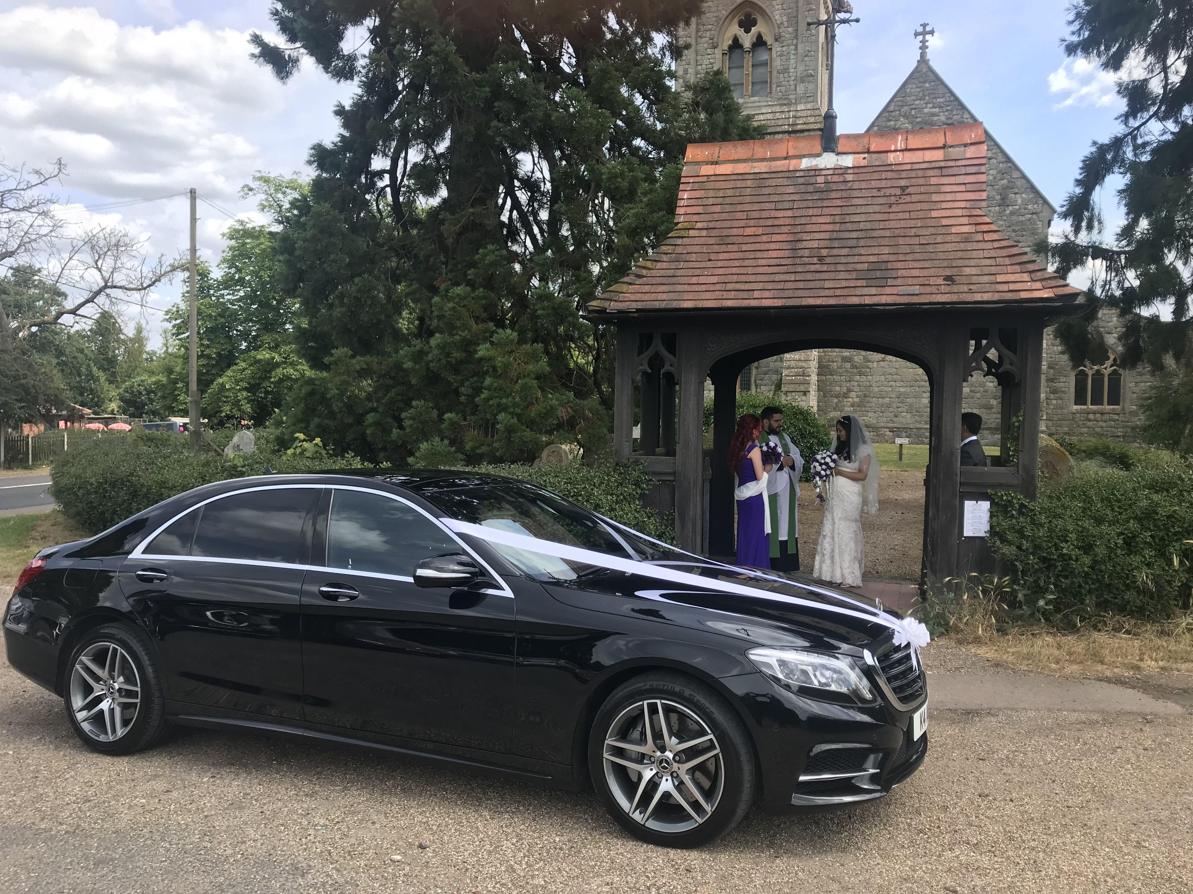 Reasons Why Hire Professional Wedding Chauffeurs Instead Of Regular Transport Wedding Car Wedding Modern Wedding Car Hire