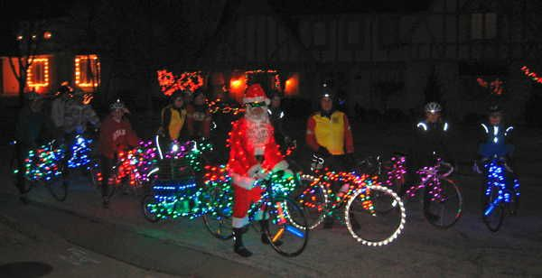 How To Turn Your Bike Into The Hottest Christmas Lights Display On