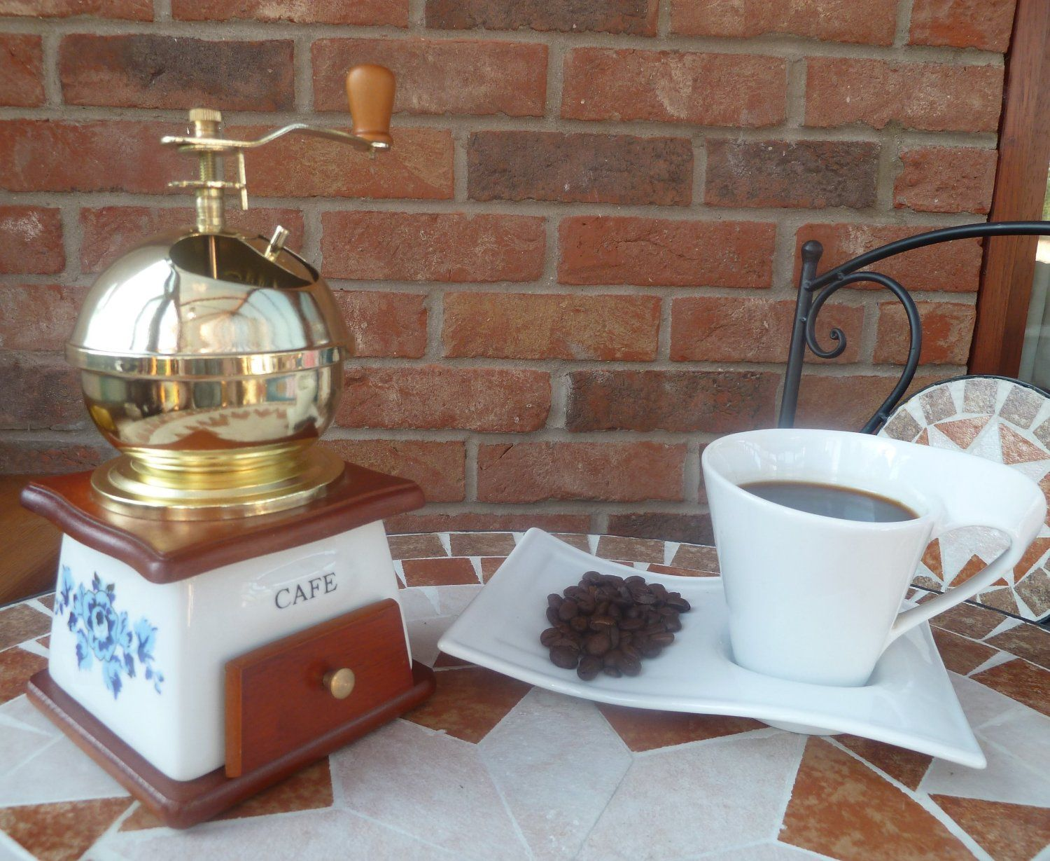 Vintage Ceramic Best manual coffee grinder is on for sale