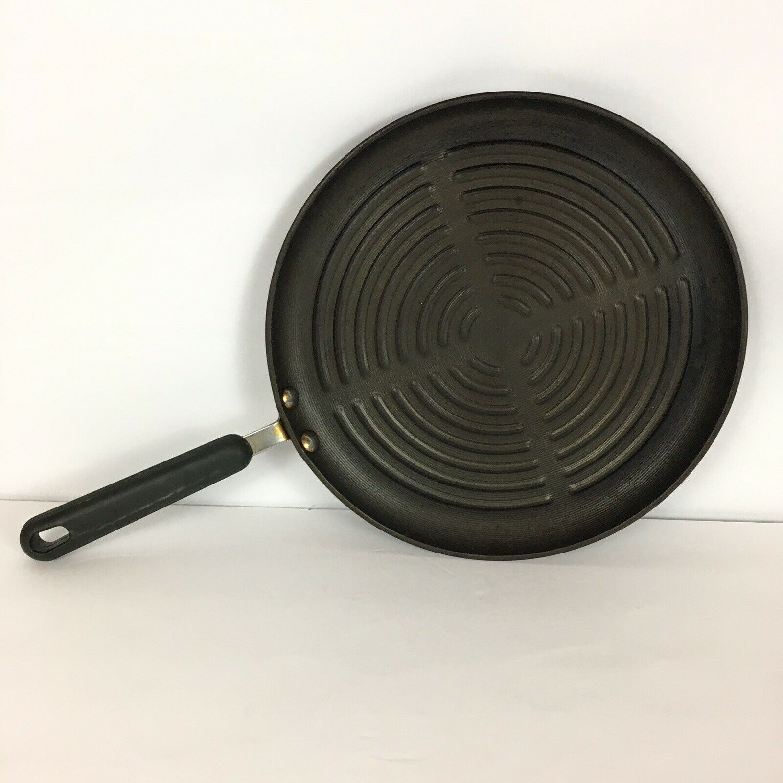 Circulon 12 Inch Shallow Round Nonstick Grill Pan Skillet Heavyweight Vintage Grill Pans Ideas Of Grill Pans Grillpans Grill Pan Grilling Grill Skillet