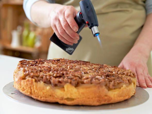 Apfel-Walnuss-Kuchen backen - so geht's   LECKER