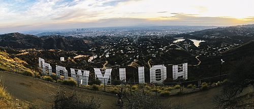 Hollywood Wikipedia Hollywood Sign Los Angeles Tourist