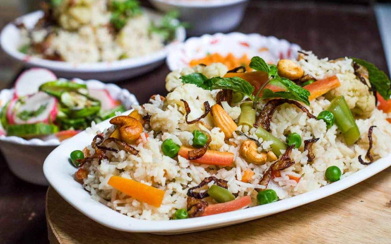 Vegetable Yakhni Pulao | Recipe | Recipes, Pulao recipe ...