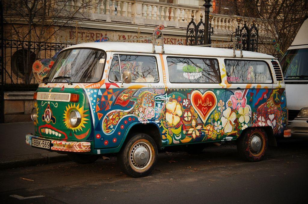 hippie on the road hippie vans pinterest volkswagen. Black Bedroom Furniture Sets. Home Design Ideas