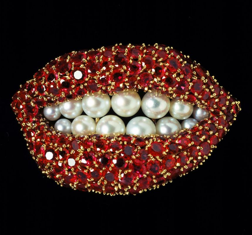 Red Lips – Salvador Dali's iconic Mae West Lips Sofa from 1937 and his Ruby Lips brooch