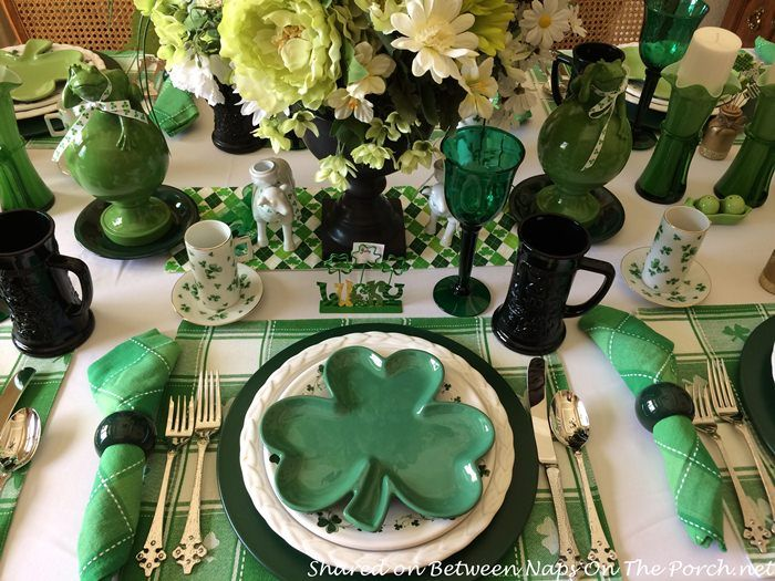 A Festive St. Patrick\'s Day Table Setting   Saints, Holidays and ...