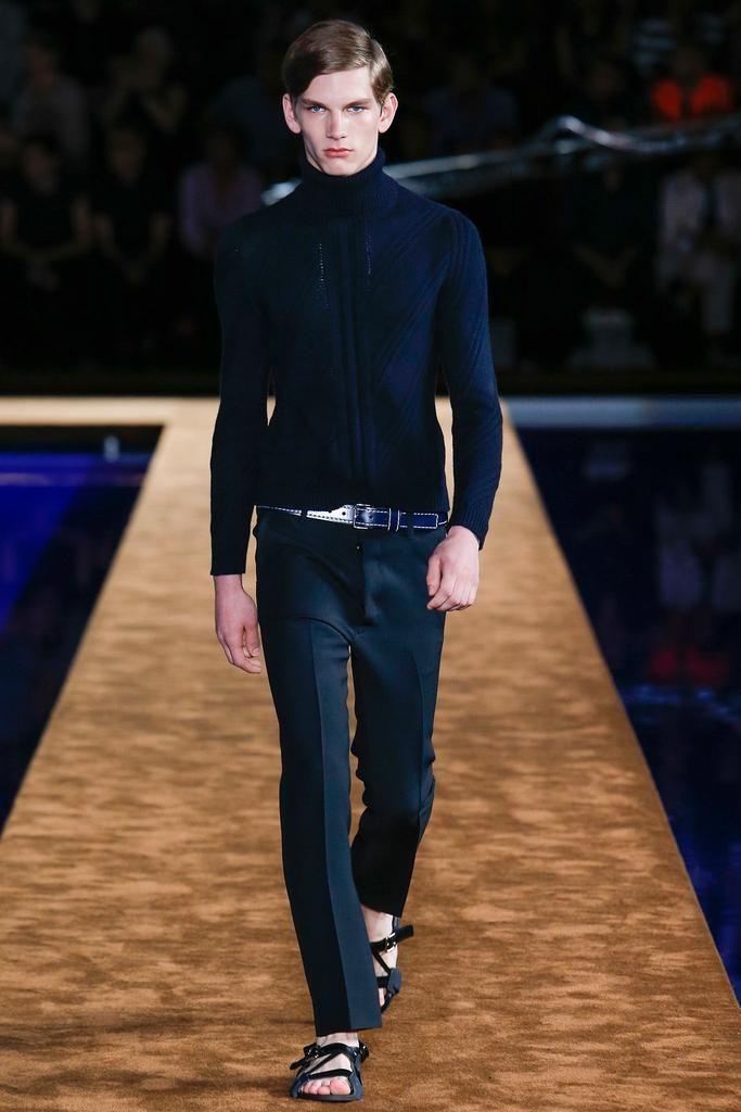 Prada Spring 2015 Menswear - Collection - Gallery - Look 1 - Style.com