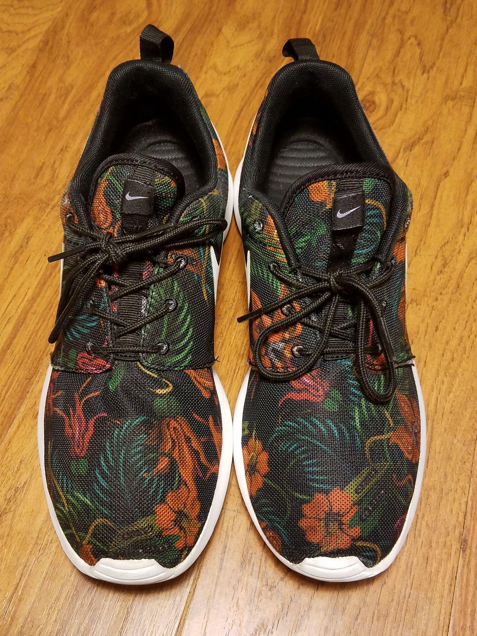 Nike Roshe Run Floral Print Running