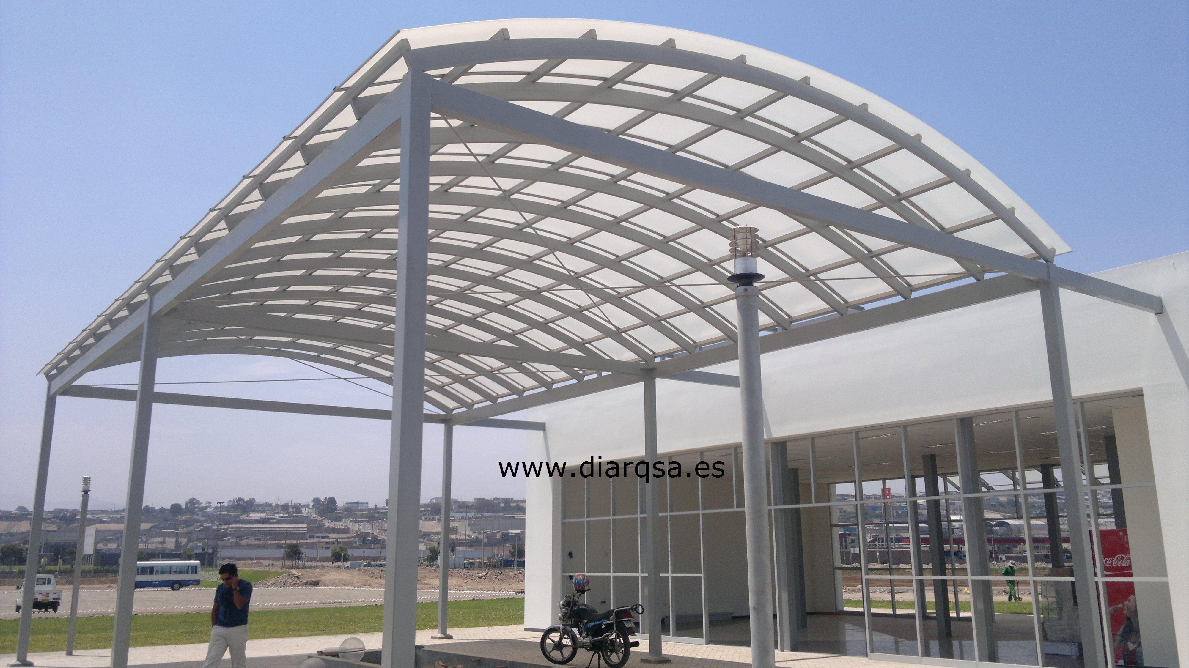 Techo de policarbonato en boveda techos curvos pinterest techos de policarbonato techos y - Techo piscina cubierta ...