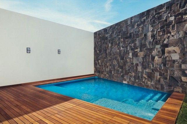 steinmauer pool holz boden belag terrasse sichtschutz sommer, Hause und Garten