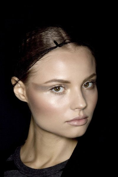 Winged Eyeshadow / Zac Posen S/S 2008