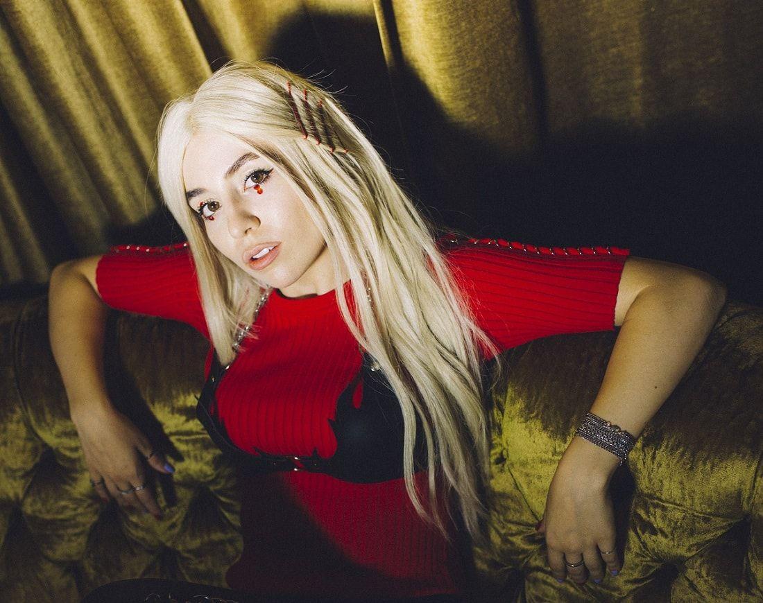 Das Nachste Grosse Sternchen Am Pop Himmel Ava Max Sweet But Psycho Promis Lady Gaga Single