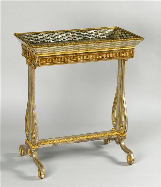Riesener table ouvrage boudoir de marie antoinette fontainebleau 1787 furniture xviith - Table des marechaux fontainebleau ...