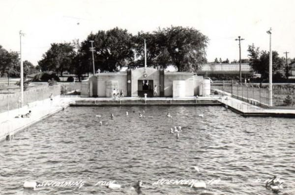 East leach park swimming pool spencer ia interesting - Washington park swimming pool milwaukee ...
