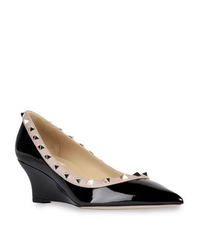 VALENTINO GARAVANI - Pump Women - Shoes Women on Valentino Online Store