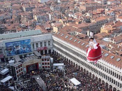 Piazza San Marco di Venezia: vista dalla colombina. | Events here ...