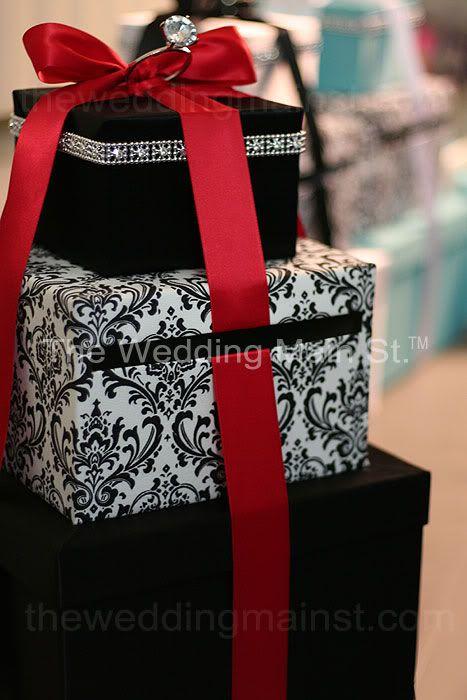DIY Damask Card Box- tell me what you think :) :  wedding cardbox damask diy IMG 5847