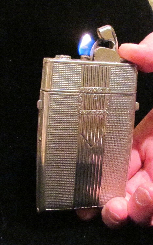Working Vintage Evans Cigarette Case Lighter 1940's Art Deco Lighter