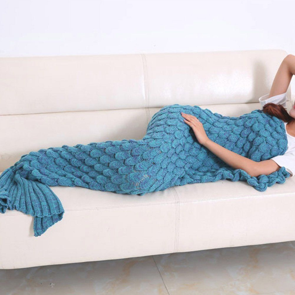 Scalloped Mermaid Tail Blanket (Lavender) | Comprar y Decoración