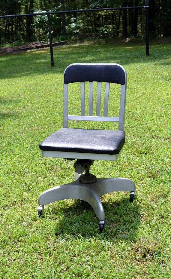 Vintage Emeco Co Navy Desk Chair Swivel Rolling Wheels Industrial
