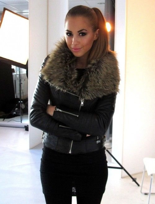 Black leather jacket   fur collar, ❤this!! | dats cute ...