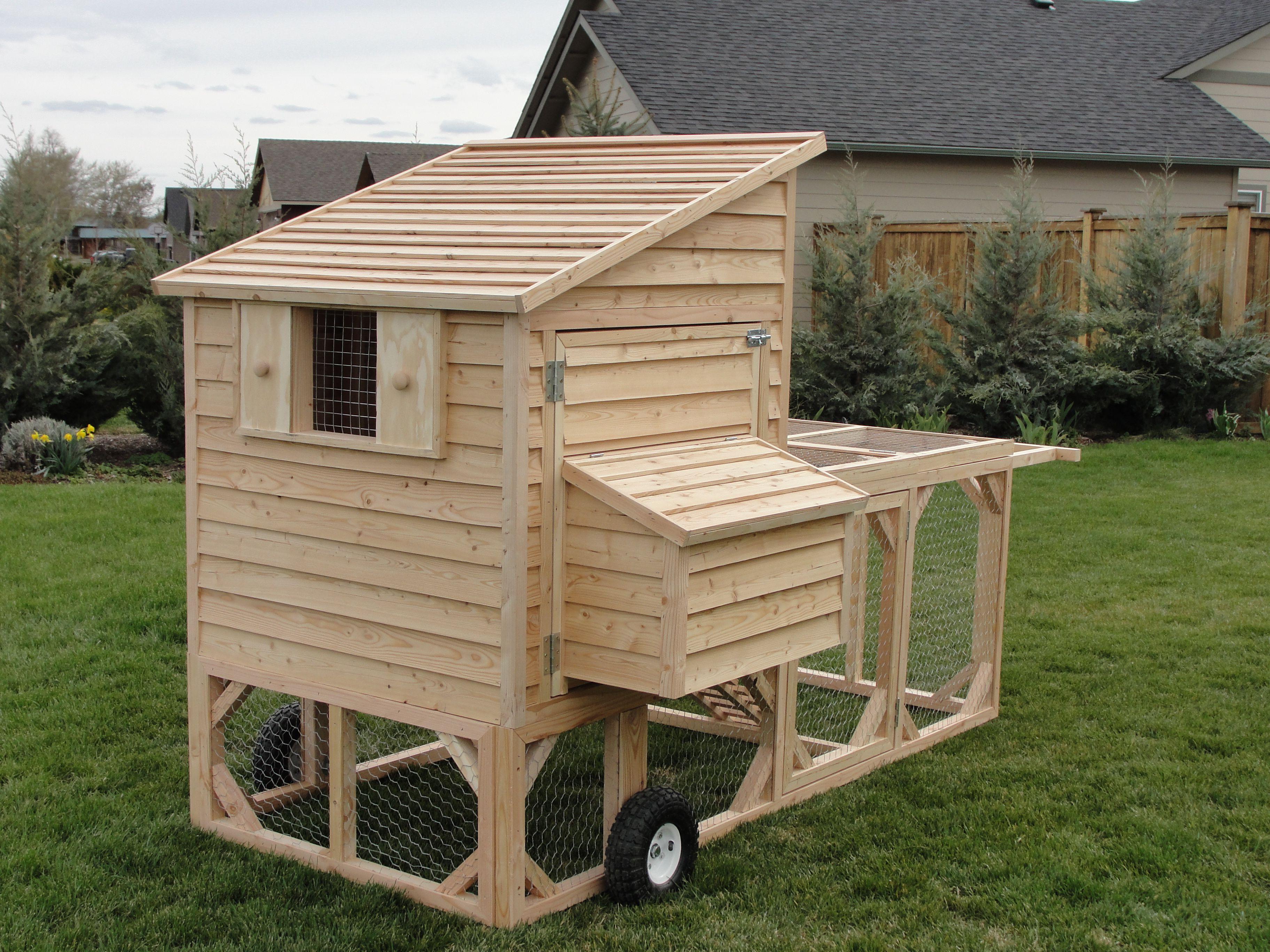 Chicken tractor co chicken coops farm animals for Portable chicken yard