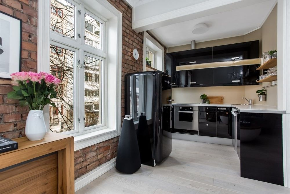 25 Small Kitchen Ideas That Make A Big Statement Black Kitchen Decor Small Kitchen Layouts Kitchen Design Small