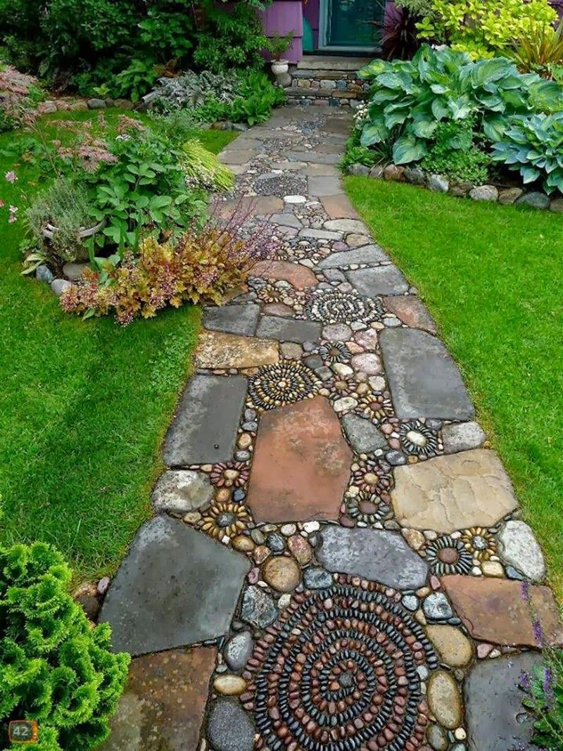 EXTERIOR, Home Decorating Ideas Stone Mosaic Garden Path Combined Big Brown  And Black Stones With