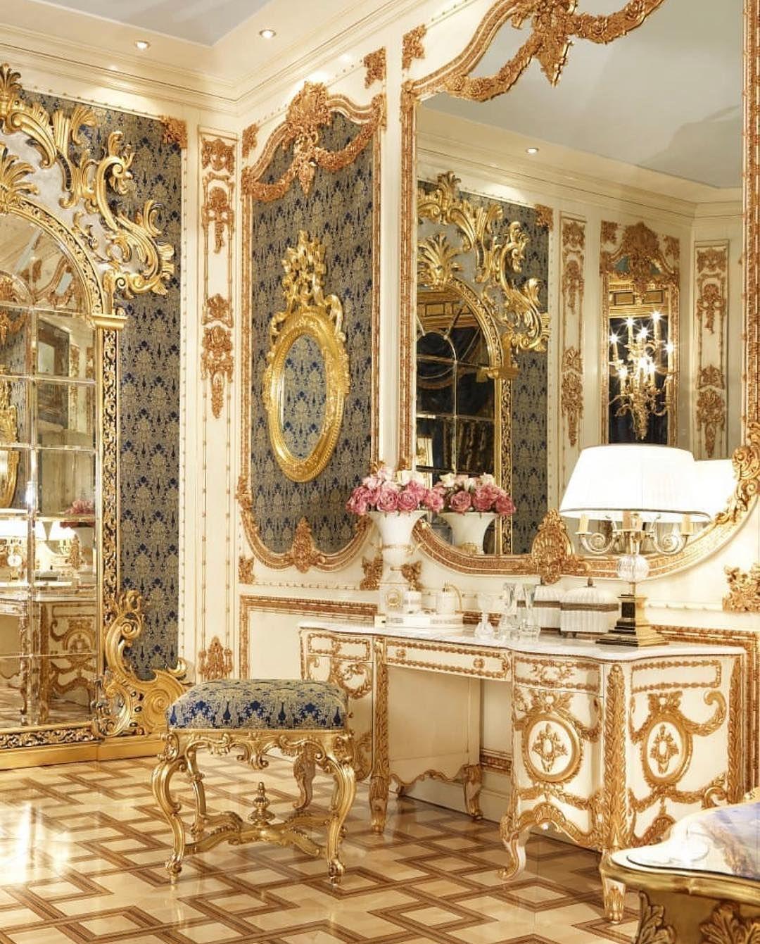 Italian Furniture Online On Instagram Italianfurnitureonline Riyadh Kazakhstan N Luxury Bedroom Design Best Home Interior Design Luxury Italian Furniture