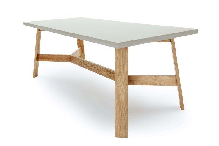 betontisch f r den essbereich mit massivholz ideen einrichtung einrichten tisch stuhl. Black Bedroom Furniture Sets. Home Design Ideas