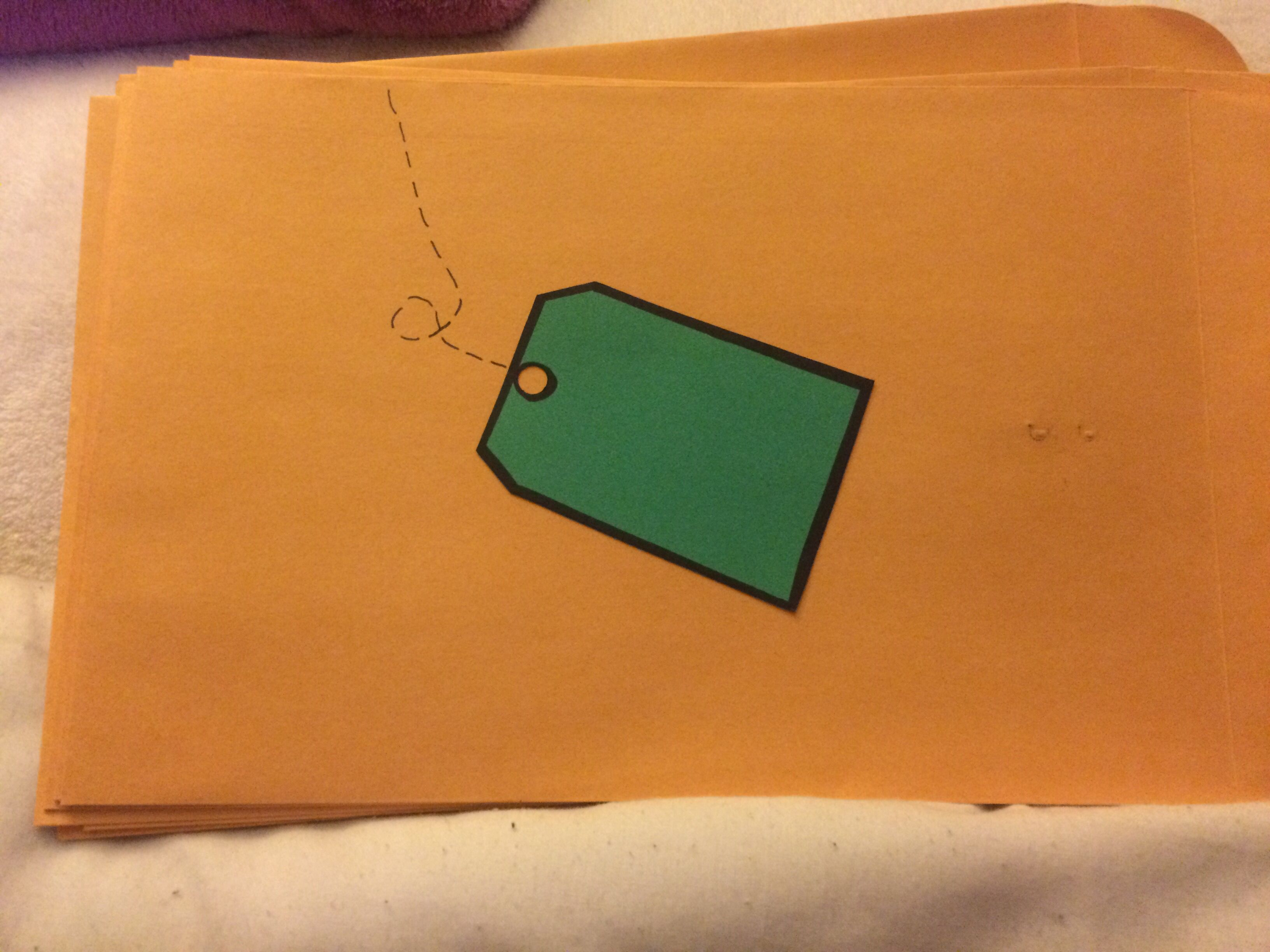 Manila folder dressed up with green label. Finally created a version of this pin