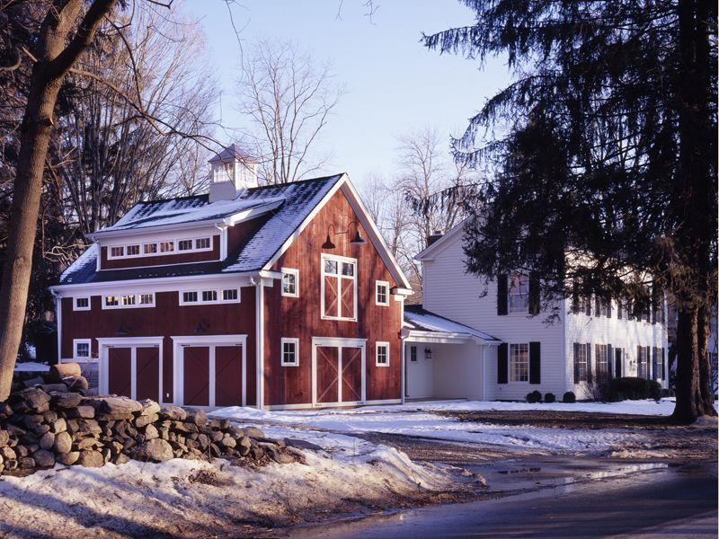 Love the barn garage | Home Decor Fav\'s | Pinterest | Barn, House ...