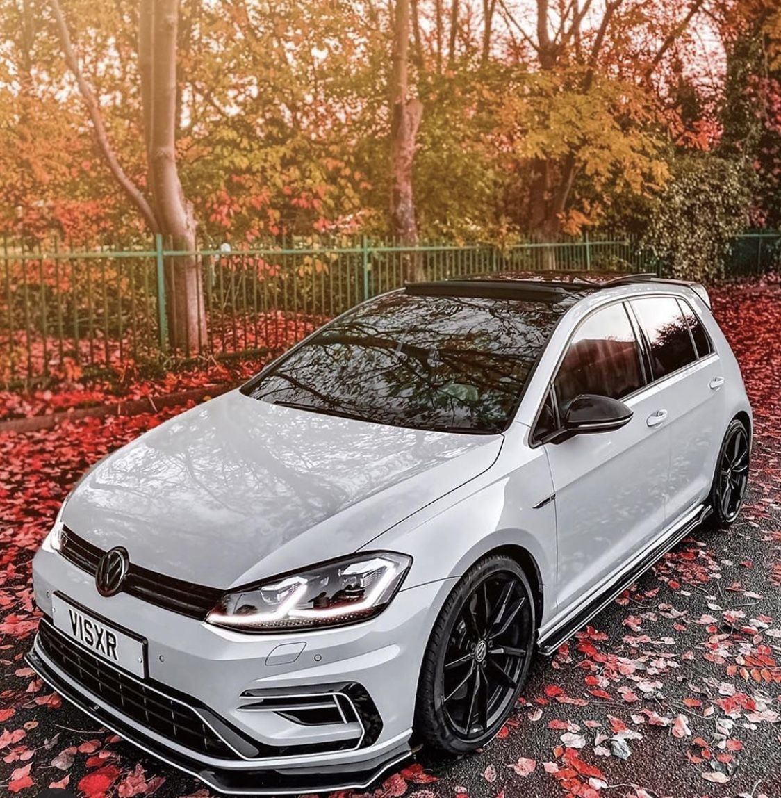 Pin By Paige Aver On Voitures Volkswagen Car Vw Golf R Mk7 Volkswagen Gti