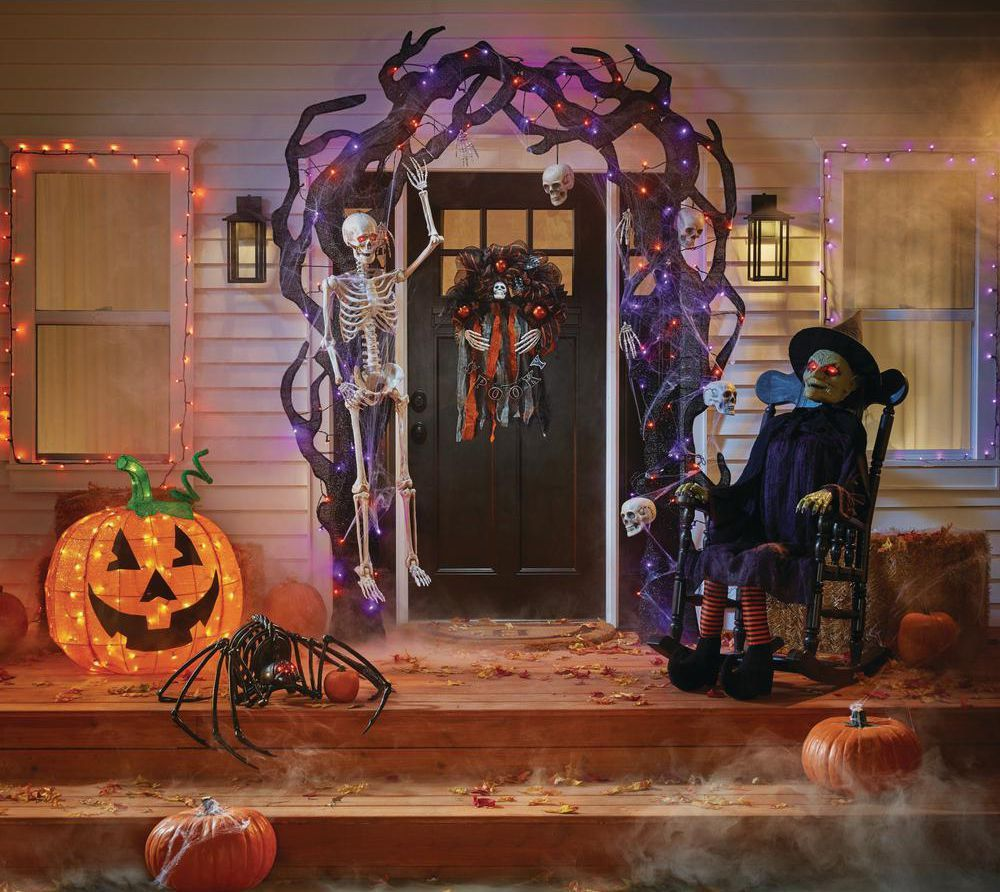 What's Left of The Home Depot's 2018 Halloween Decorations
