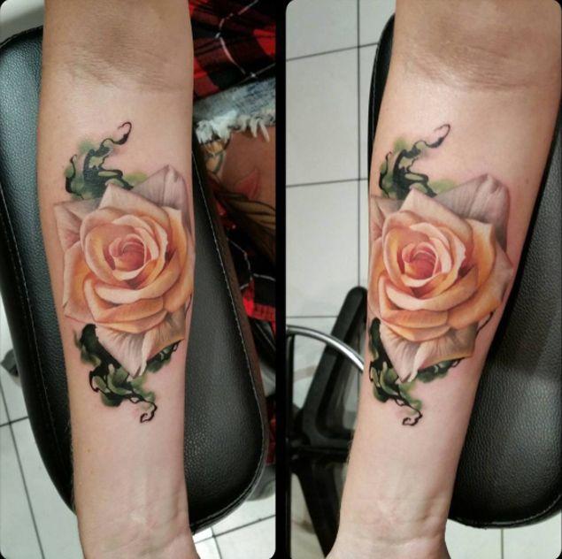 Stunning rose tattoo by sarah miller wyld chyld tattoo for Wyld chyld tattoo pittsburgh