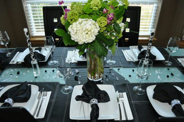 Table decor for black and white party