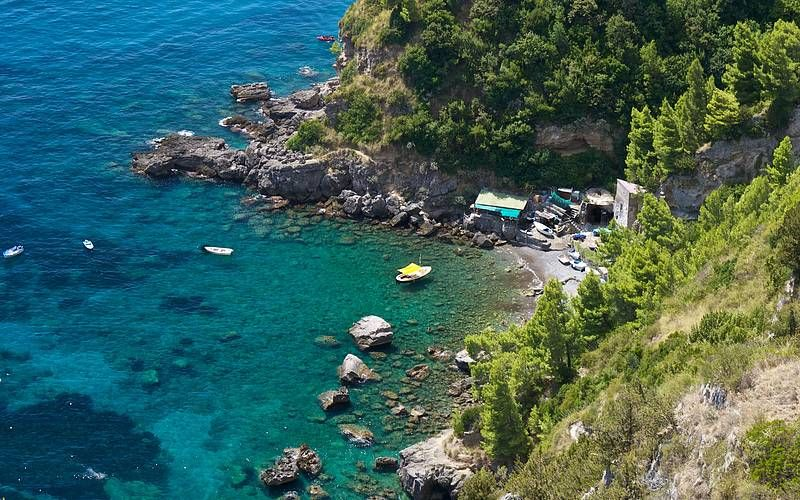 Beaches The Amalfi Coast On Best Places To Take A Dip In Crystalline Waters Along S Dramatic