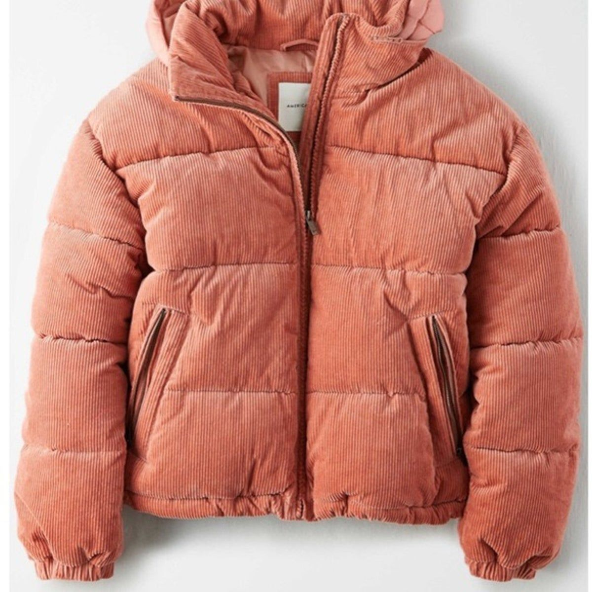 American Eagle Pink Puffer Jacket Nw On Mercari In 2021 Winter Jackets Women Puffer Jacket Women Corduroy Puffer Jacket [ 1200 x 1200 Pixel ]