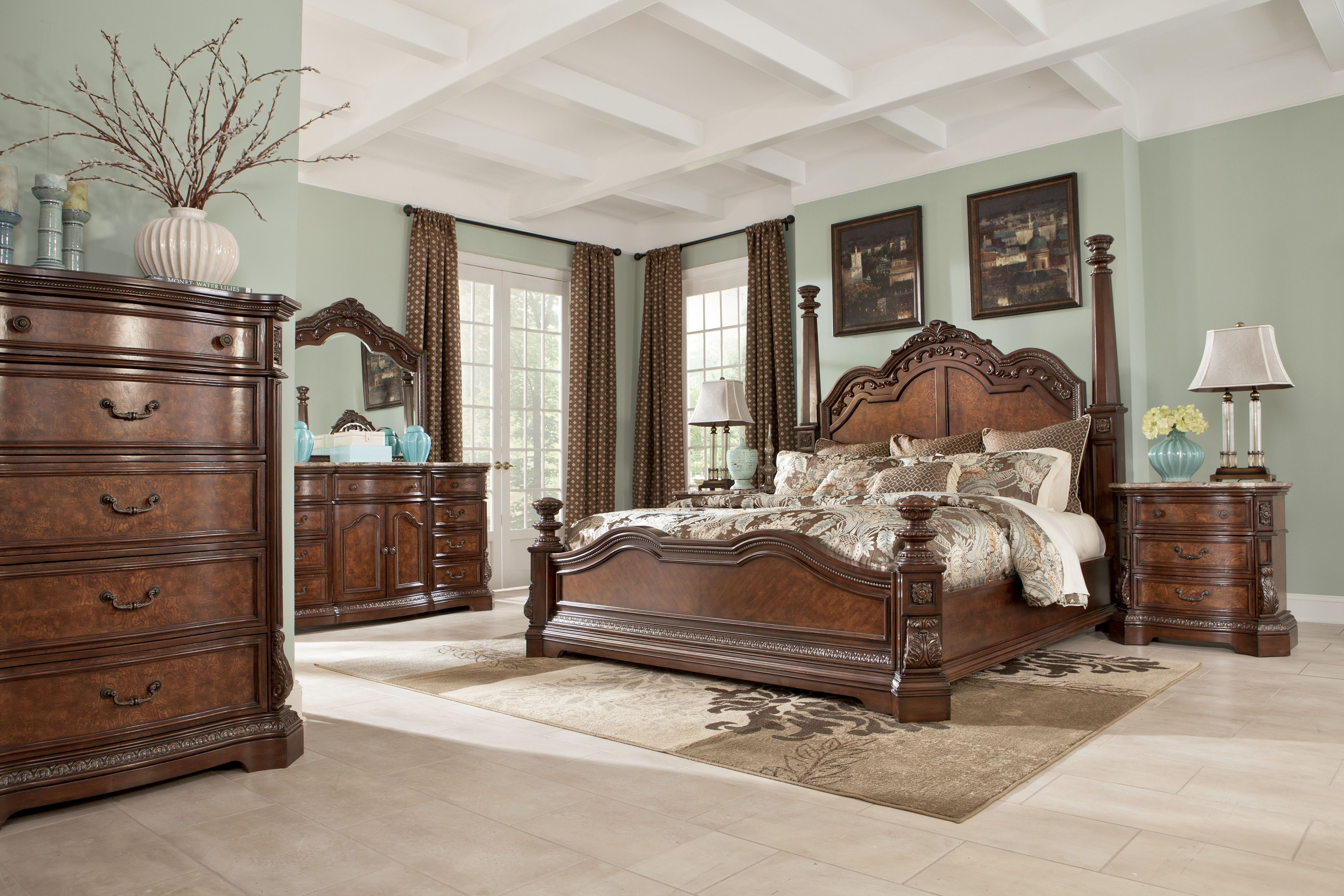 Ledelle Traditional Brown Wood Glass Master Bedroom Set Chambre
