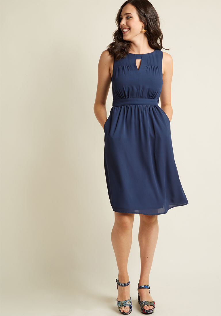 Chiffon Keyhole A-Line Dress with Pockets in Navy in M - Sleeveless ...