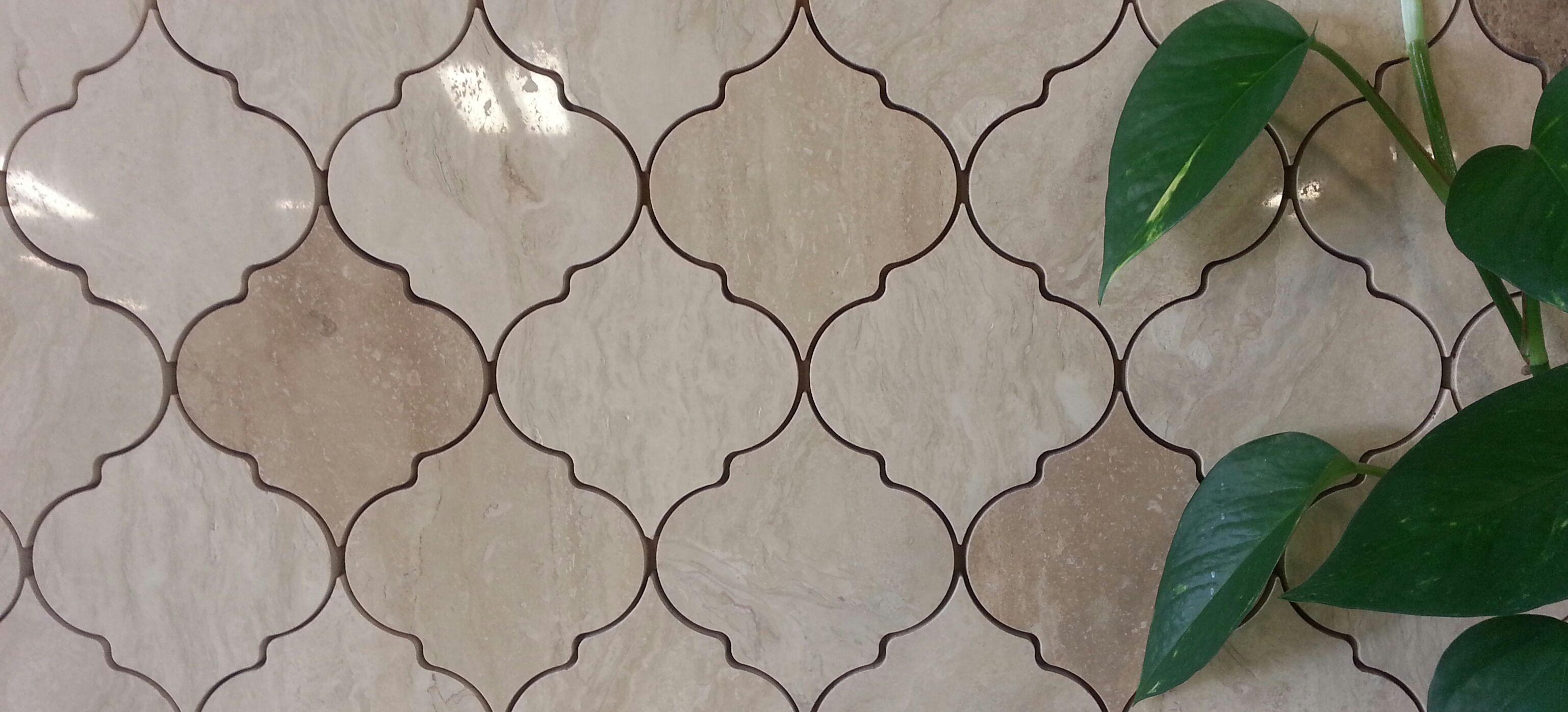 Arabesque Tile Pattern A Water Jet Design Of Polished Travertine Arabesque Tile Waterjet Designs Tile Patterns