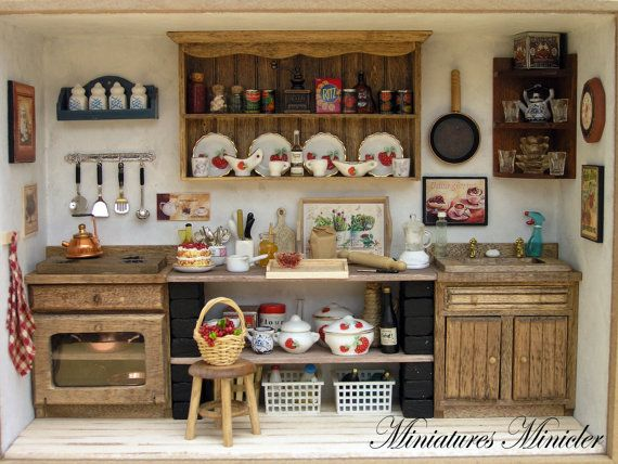 Miniature Dollhouse Kitchen RoomBox , Old Style, Fully Equipped ...