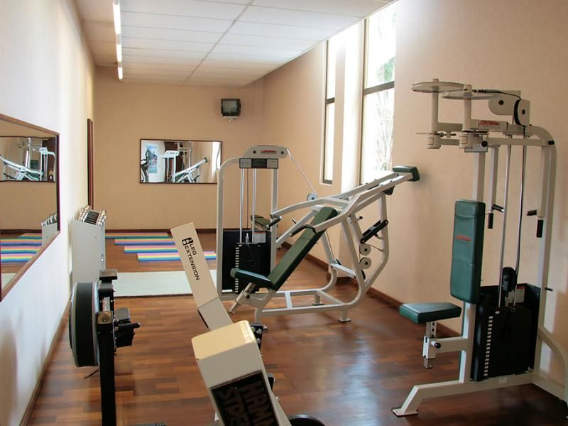 13 Home Fitness Room Design Examples Home Sheds And Exercise