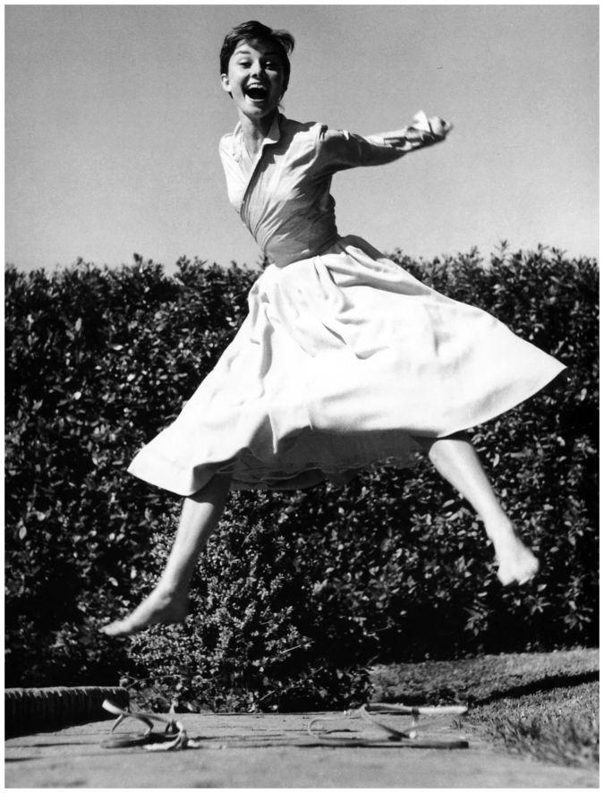 1955 Audrey Hepburn jumping, photo by Philippe Halsman