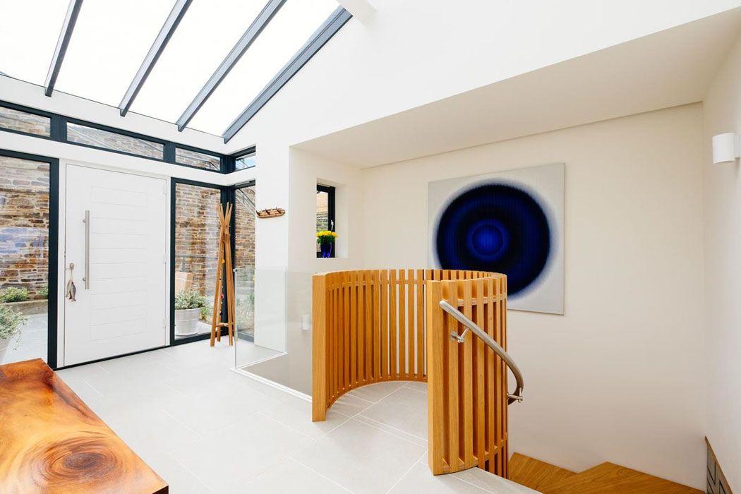 Belle maison - location de vacances à Cornwall avec vue imprenable - entree de maison avec escalier