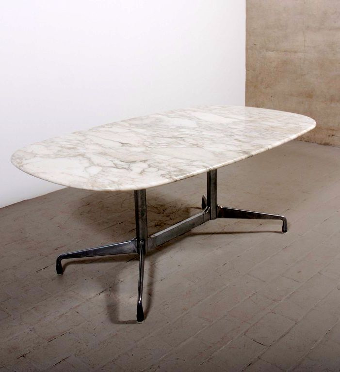 Charles and ray eames cast aluminum and marble 39 aluminum for Table ronde charles eames