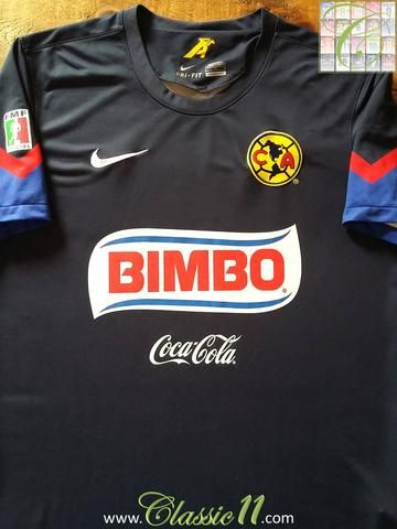 9c1b875b6d6 Relive Club América's 2012/2013 Mexican league season with this original  Nike away football shirt.
