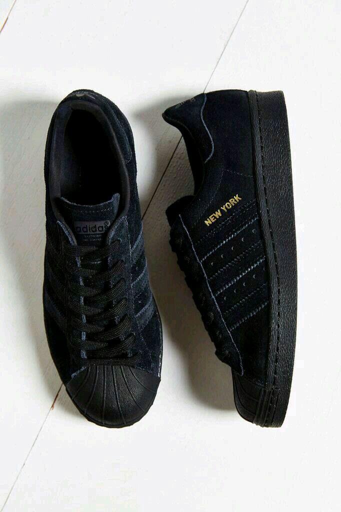 reputable site 03085 e0d7c Perfectas para la escuela o colegio donde tienes que usar tenis o zapatos  Oscuros